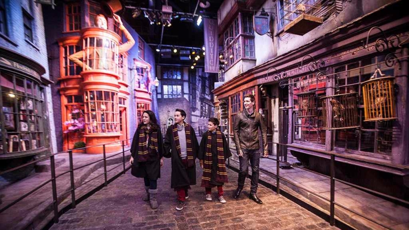 Diagon Alley_Harry Potter Warner Bros studios_London
