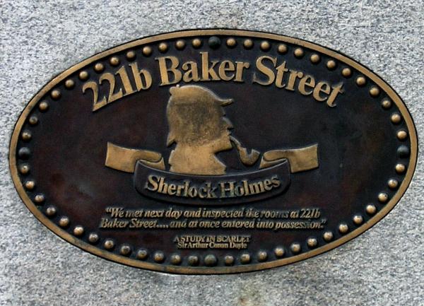 Sherlock Holmes_placca al 221b di Baker Street_ Londra