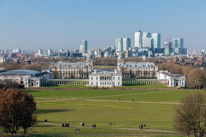 Greenwich_Park_and_Queen's_House_2013_March.jpg