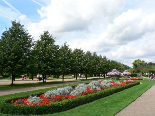 Regent's_Park_Garden.jpg