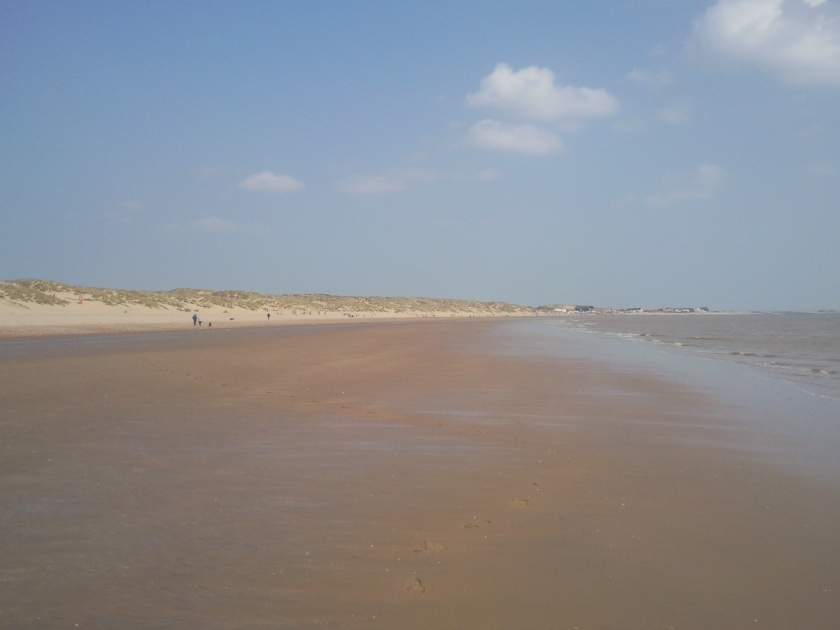 Camber_Sands_at_Low_Tide